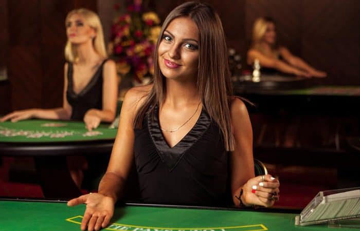 Casino en ligne live avec un croupier en live streaming